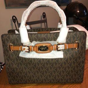 Brand new Micheal Kors purse!